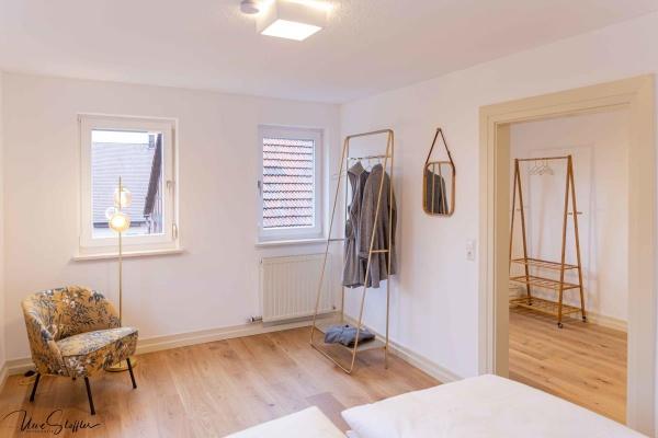 Trend - In einigen Schlafzimmern gibt es mobile Kleiderständer als Alternative zum Schrank