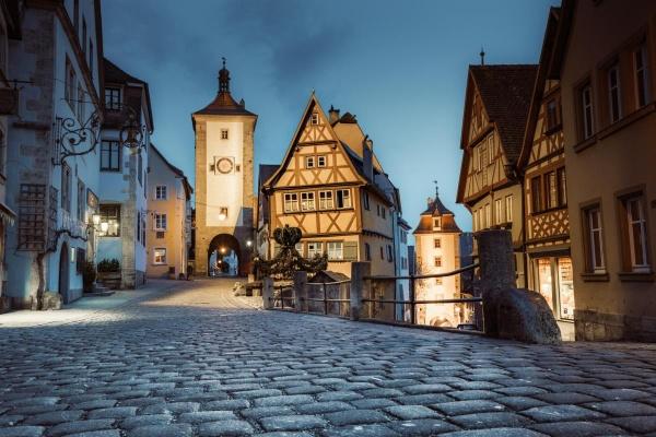 Die romantische Stadt Rothenburg ob der Tauber ist ein wunderbares Ziel in ca. 20km Entfernung